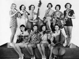 Vintage-photo-of-female-musicians